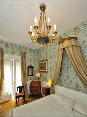 Hôtel de l'Abeille***
